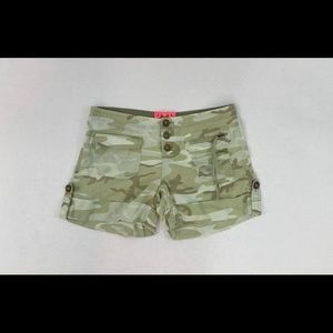 Juicy Couture Chinos Shorts